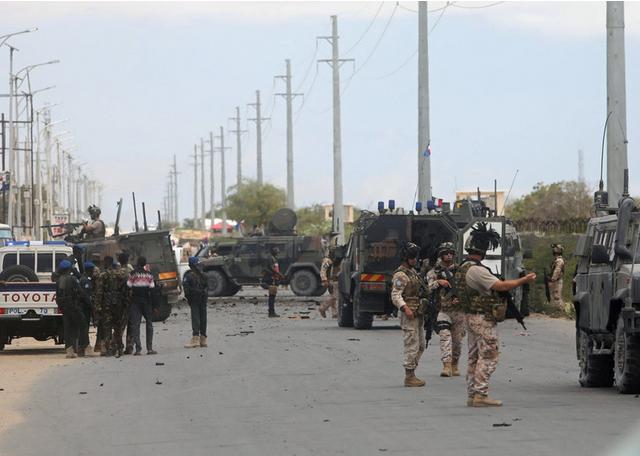 Twin attack targets US military base & Italian convoy in Somalia