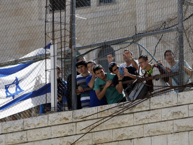 Fruit of 'US-backed colonization': Israel to DOUBLE Jewish population in West Bank's Hebron