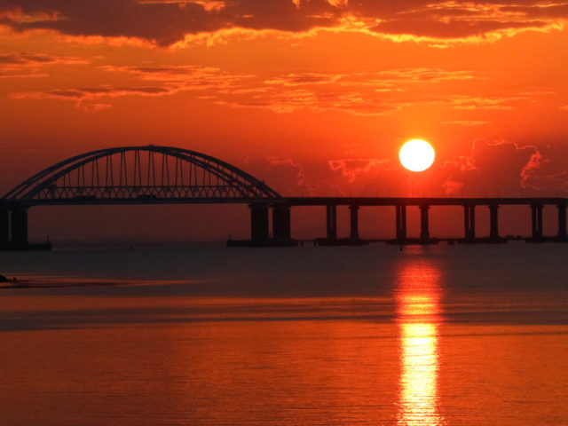 Regular railway freight transport across new Crimea Bridge will start from July