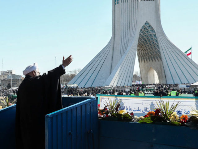 Rouhani Says Iran Will Only Negotiate With US if Washington Returns to Nuclear Deal, Lifts Sanctions