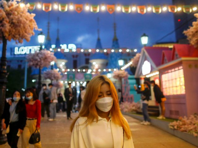 Night clubs and bars shut down in Seoul after new Covid-19 hotspot emerges in city's main leisure district