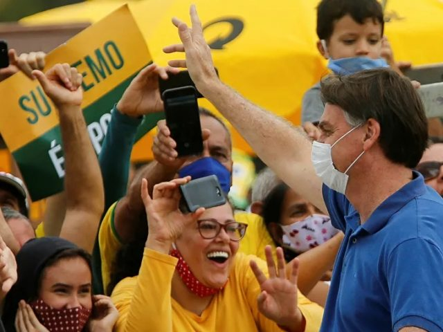 Brazil Turns Into 'Bubbling Cauldron' as COVID Cases Soar & Political Crisis Looms, Analyst Says