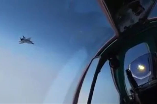 WATCH Russian Tu-142MK anti-submarine planes fly on Arctic & Pacific mission, escorted by Norwegian & US jets