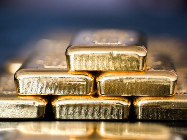 'The world is going back to a GOLD STANDARD as the US dollar is about to collapse' – Peter Schiff