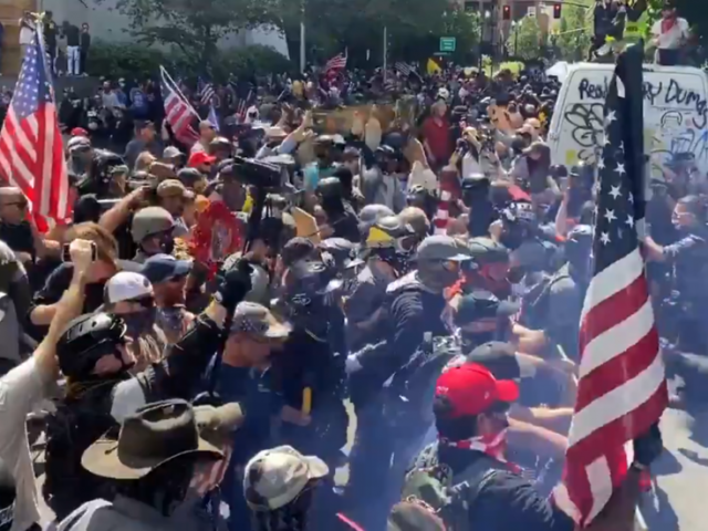 Proud Boys vs. BLM & Antifa: VICIOUS Portland clashes with paintballs & street brawls caught on VIDEO