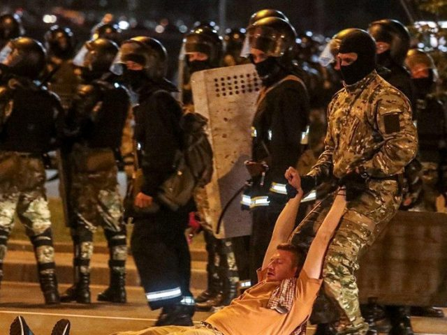 Teargas, clashes with riot police in Belarus capital as protesters rally over Lukashenko's projected victory