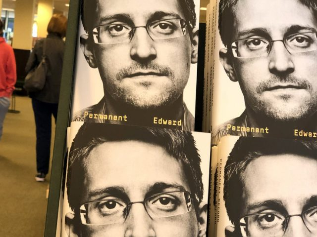As Trump mulls move, Snowden's Russian lawyer says whistleblower 'not a felon' to be 'pardoned' & deserves prosecution to end
