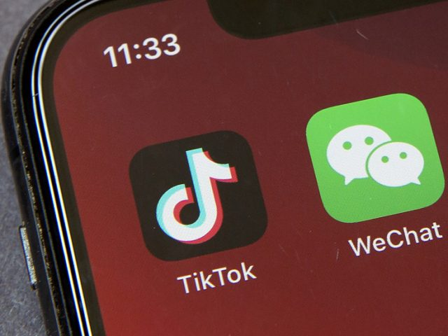 Trump will ban US downloads of Chinese apps TikTok & WeChat starting September 20