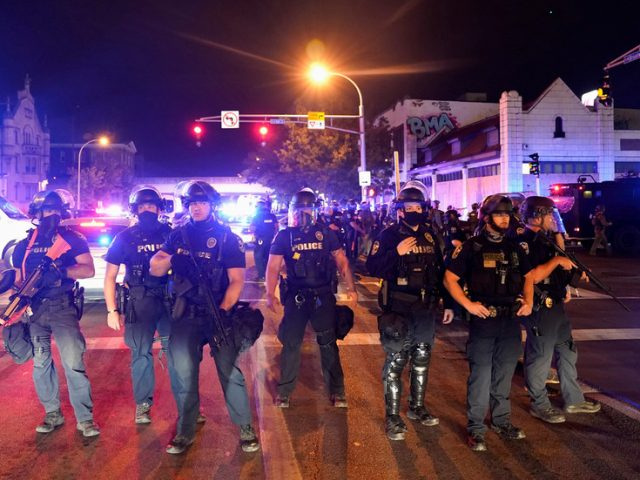 Conservative news outlet threatening to sue Louisville police after two reporters arrested & charged covering BLM protests