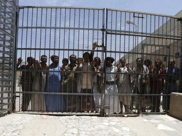 Saudi-backed Yemen government and Houthis agree to prisoner swap, UN hopes ceasefire to follow