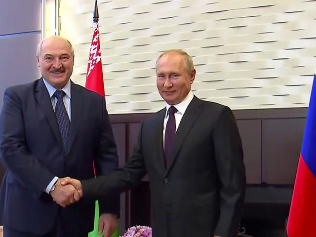 Kremlin says it considers Lukashenko to be legitimate president of Belarus, as Putin agrees a $1.5 billion loan for Minsk