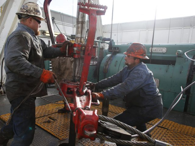 Many lost US oil jobs may never return