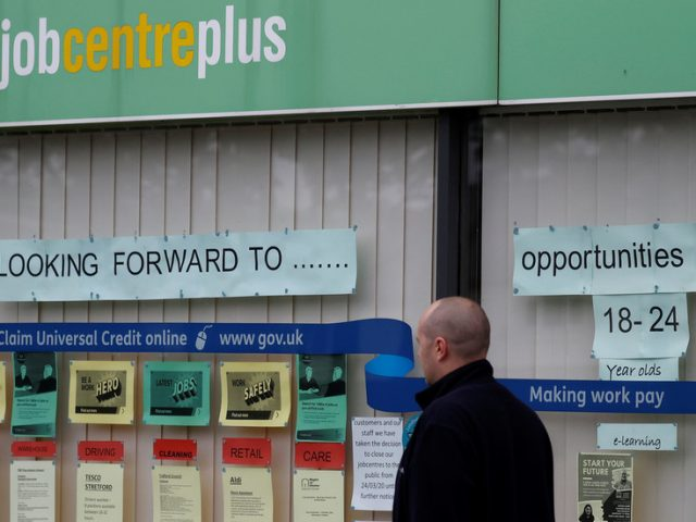 UK unemployment rate highest in 3 years, number of Brits made redundant largest since 2009