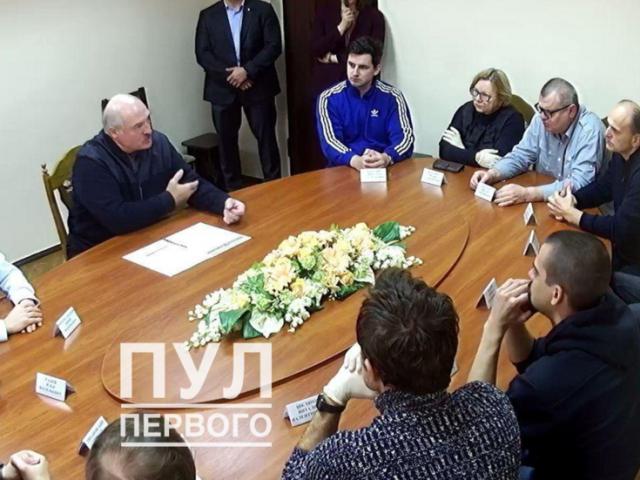 Belarus' Lukashenko meets JAILED opposition activists, talks constitutional reform