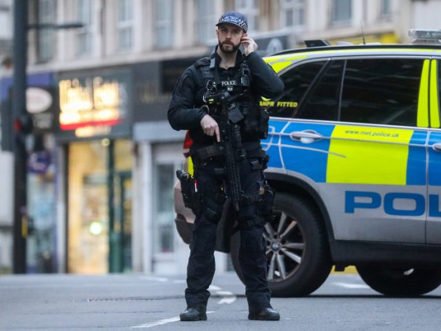 London police to increase armed patrols due to 'severe' terrorist threat