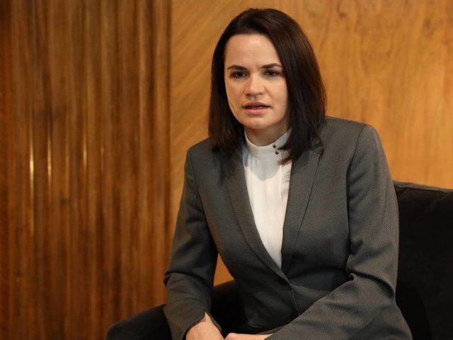 Tikhanovskaya tells pro-NATO lobbyists that US must 'act strongly' to remove Lukashenko & investigate police brutality in Belarus