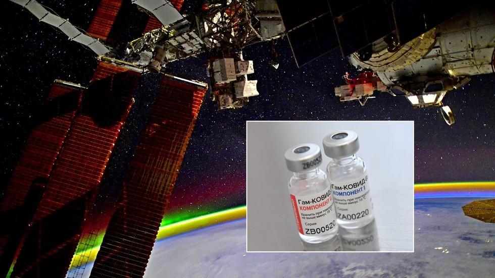 Cosmonauts traveling