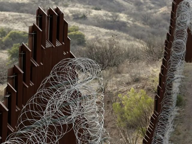 Mexico Welcomes Biden's Executive Order to Halt Border Wall Construction