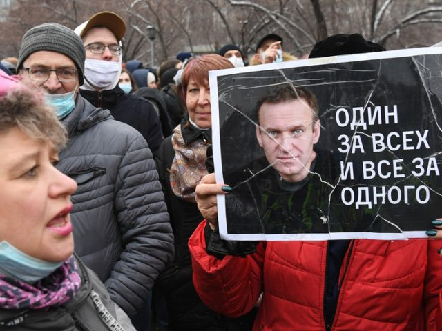 Russian opposition figure Navalny's political network dissolved by aides ahead of possible 'extremist organization' designation