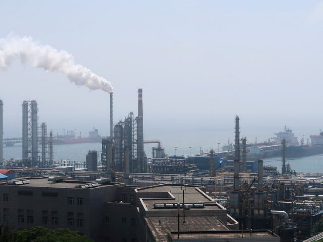 Chinese refiners shatter records in June