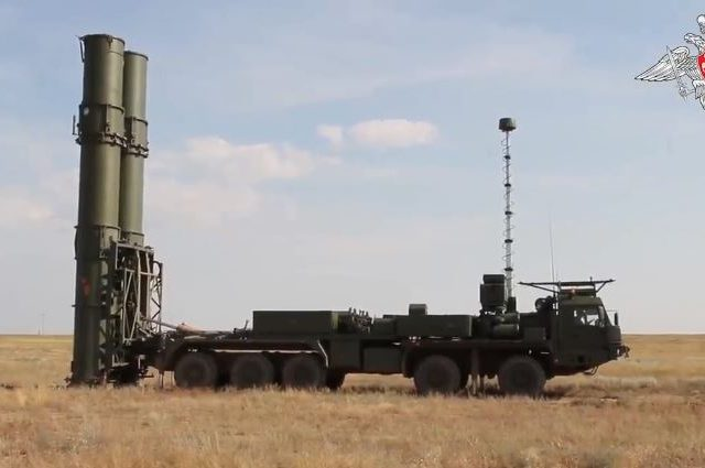 Russia shows off new high-tech S-500 rocket system designed to take down enemy SPACE WEAPONS high above planet Earth (VIDEO)