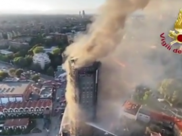 Massive fire erupts in high-rise residential building in Milan (VIDEOS)