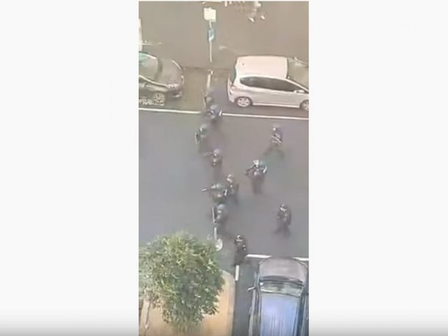 POLICE FIRE RUBBER BULLETS AT CONSTRUCTION WORKERS PROTEST UNION HQ (CFMEU) AUSTRALIA