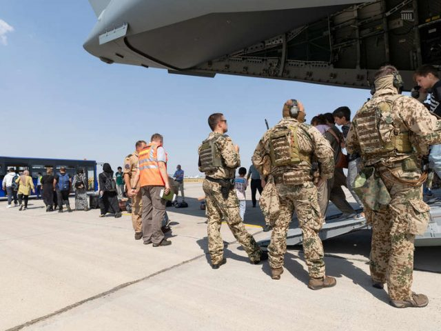 7 Afghan evacuees to Germany failed security checks, 4 were previously deported as criminals – interior minister
