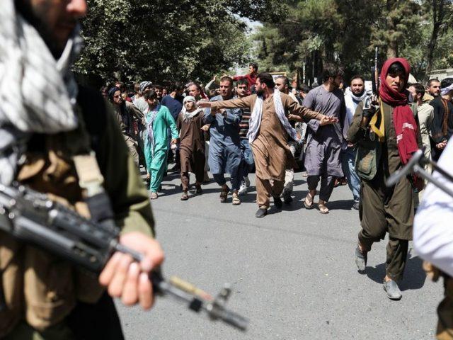 Taliban fighters disperse anti-Pakistan rally in Afghan capital Kabul (VIDEOS)