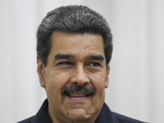 Maduro Ready for Direct Talks With Trump if US Abandons 'Obama's Failed Policy of War'