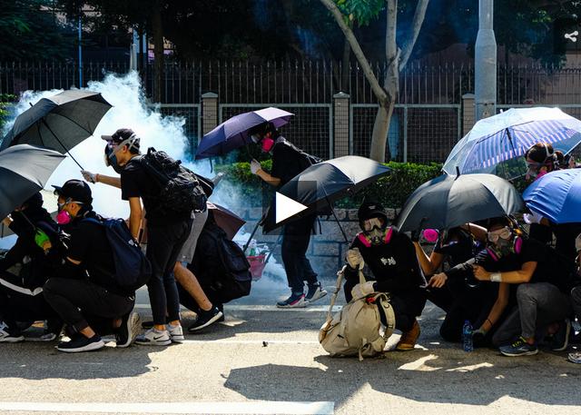CrossTalk Bullhorns: Hong Kong