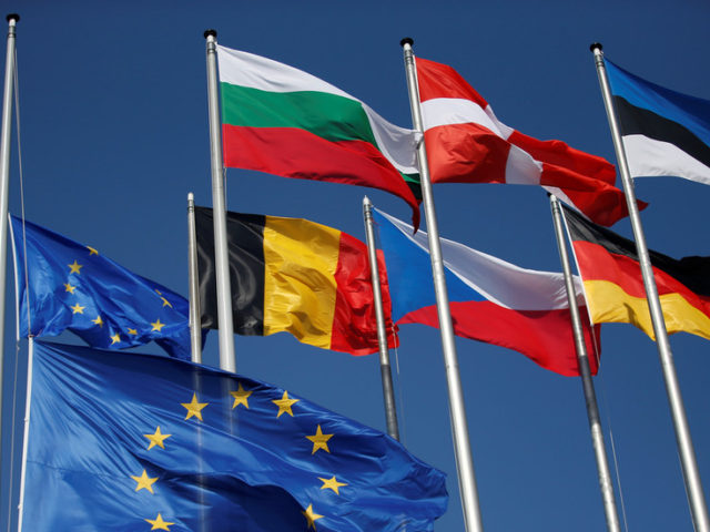 Berlin warns US against interference into EU affairs, rejects sanctions pressure