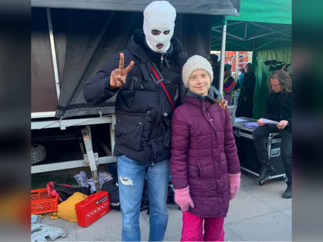 Gangster-climate ally? Greta gets flamed for posing with crime-glamorizing rapper (PHOTO)