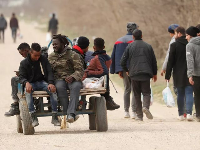 Germany Warns Turkey Against Using Migrants as 'Bargaining Chip' Ahead of Brussels Talks