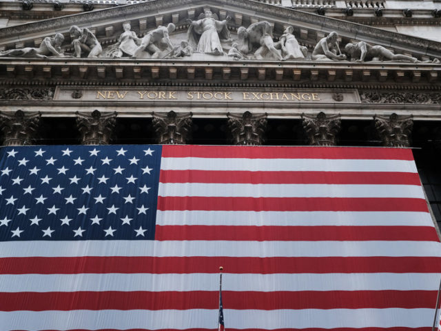 US stocks plunge despite Fed promises to pump unlimited amount of money into economy