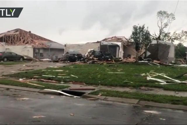 At least 7 dead after TORNADOES wreak havoc across southern US states, leveling homes & knocking power lines (VIDEOS)