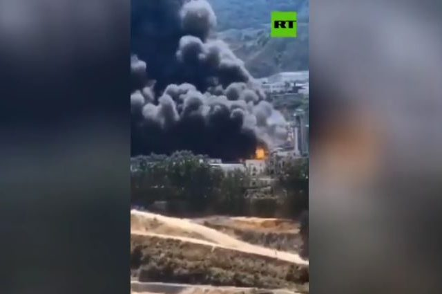 Several injured & missing after explosion, massive fire at biofuel plant in China (VIDEOS)