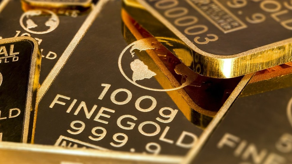 Gold has extended