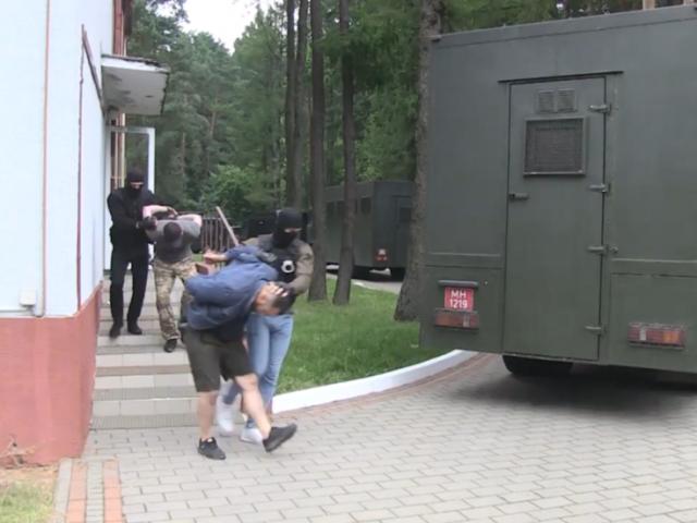 Belarus hands over 32 'Russian mercenaries' KGB accused of 'planning riots' – ignoring Ukraine's extradition demand