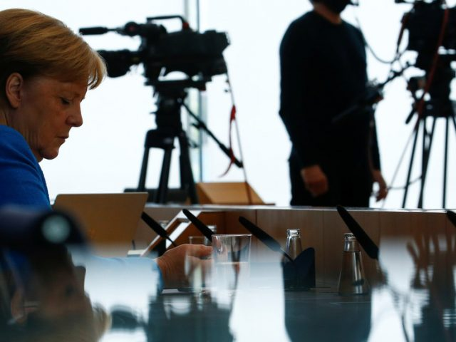 Merkel says Navalny & gas pipeline two 'separate' issues & Berlin won't change policy towards Russia, important to 'keep talking'