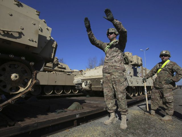 US, Poland sign deal on hosting 1,000 extra American troops in Eastern Europe