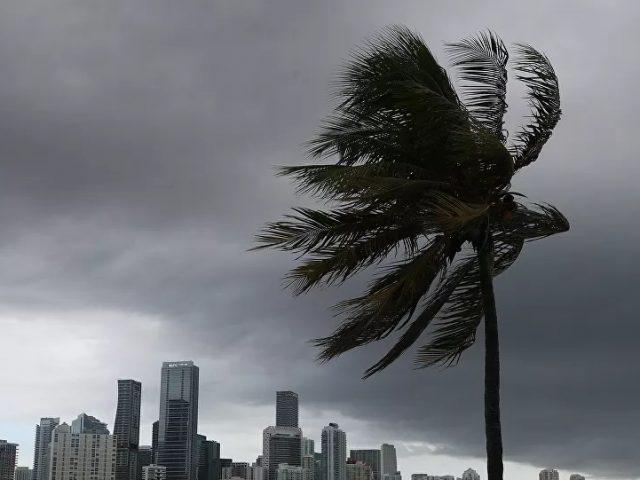 Hurricane Isaias Makes Landfall in North Carolina, NHC Says