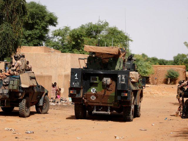 French anti-terrorist unit in Mali kills civilian in bus incident