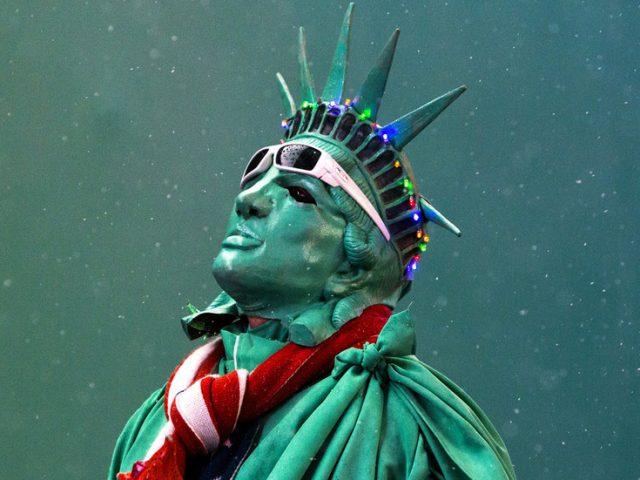 US economy is a hologram composed of memes like Tesla – Max Keiser