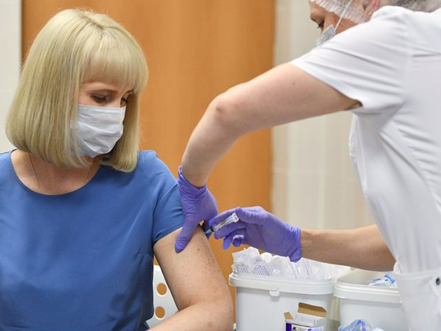Moscow to vaccinate 40,000 volunteers with 'Sputnik V' as Russian capital begins 3rd phase trial of pioneering coronavirus vaccine