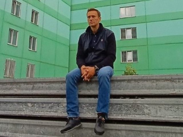 Russian opposition figure Navalny discharged from Berlin hospital, doctors believe 'full recovery' from alleged poisoning possible