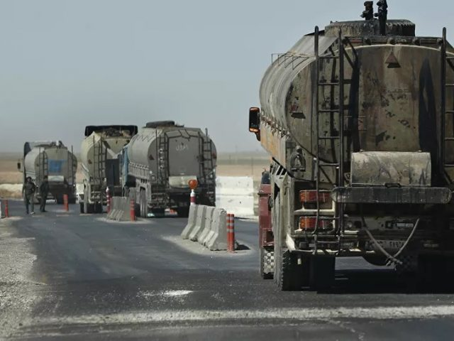 US Sneaks 20 More Tankers of Stolen Syrian Oil Out of Country, Report Claims