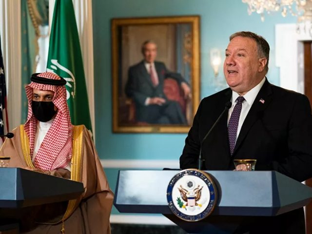 Pompeo Calls on Riyadh to Normalise Ties With Israel as Bahrain and UAE Did in September