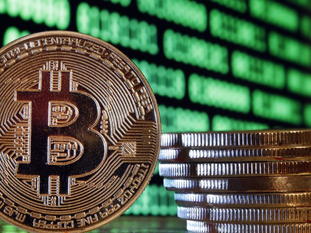 Downside of legalizing bitcoin? From 2021, Russian officials will be required to declare assets held in cryptocurrency as income