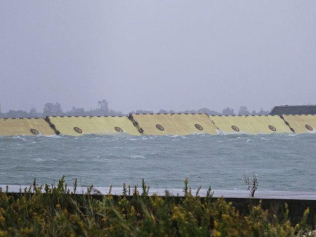 Venice deploys multi-billion-euro flood barriers for first time (PHOTOS, VIDEOS)
